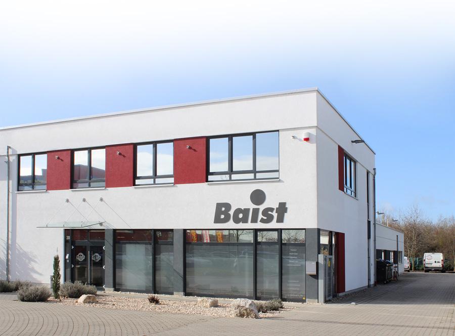 glaswert-baist-firmengbaeude-web-2017