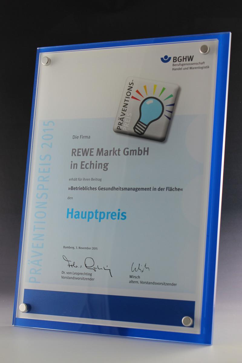 glaswert-bghw-acryl-auszeichnung-sonderanfertigunge